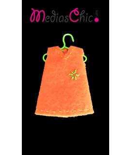 Broche de fieltro vestido estrella naranja
